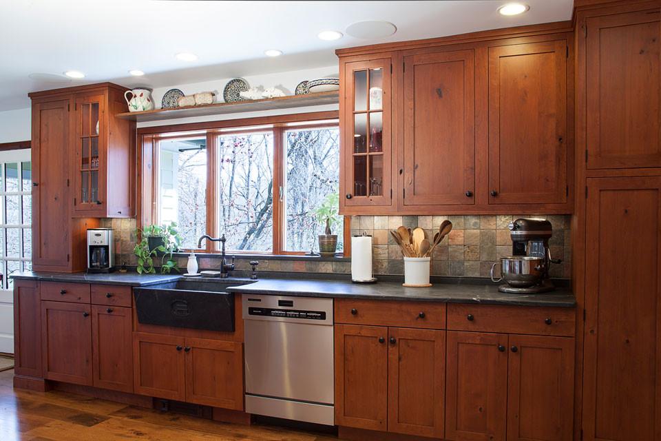 Historic-Kitchen-Sink-Wall-960