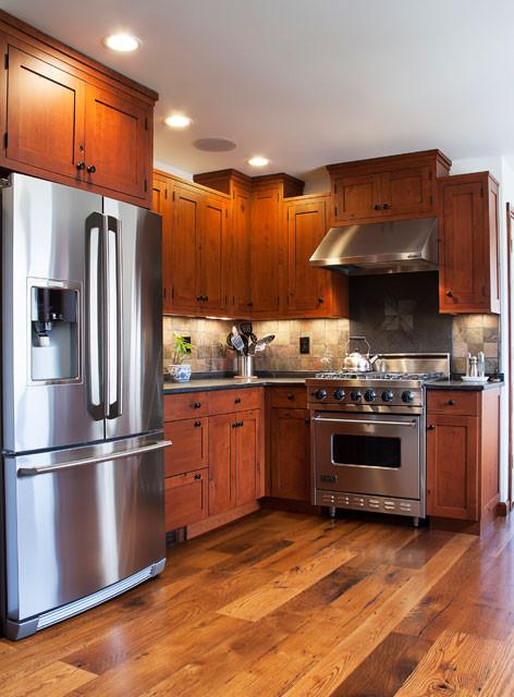 Historic-Kitchen-Stove-Wall-640